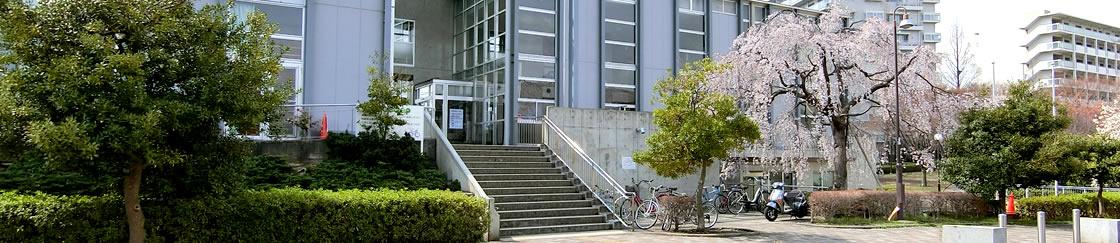 北山田地区センター外観